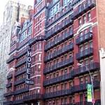 250px-Hotel_Chelsea_2010