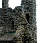 450px-Robinson_Jeffers_Hawk_Tower,_Tor_House,_Carmel,_CA_2008_Photo_by_Celeste_Davison