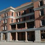 800px-Goldfield,NV-hotel