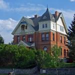 800px-Kleinschmidt_House_(2012)_-_Lewis_and_Clark_County,_Montana
