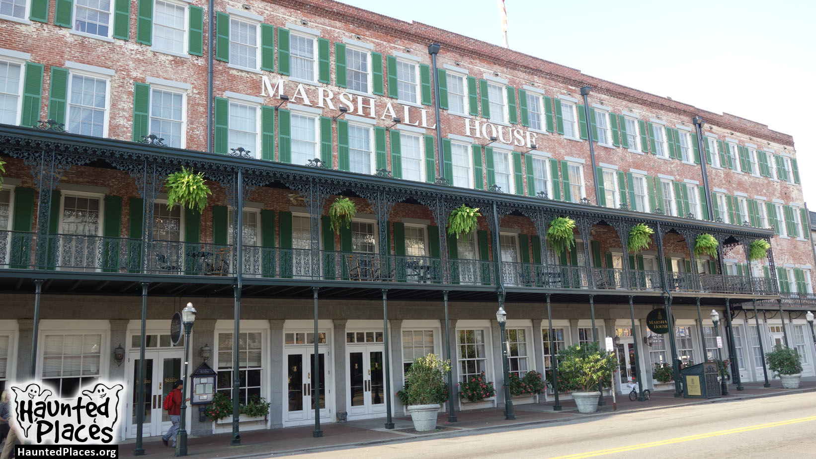 the marshall house haunted places savannah ga 31401