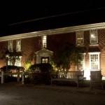 the-inn-at-night